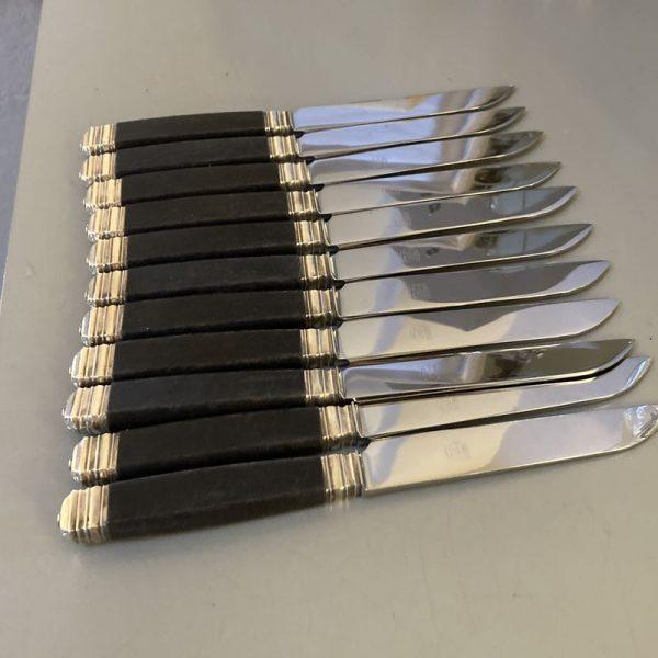 Coffret de 24 couteaux table & fromage, manche en ébène
