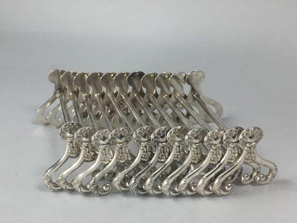 12 porte-couteaux décor coquillage